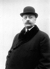armand-deperdussin-1913.jpg